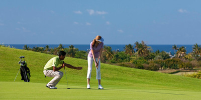 Get the perfect swing with Heritage Golf Club Academy